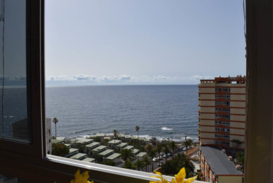 CG - appartement direct aan zee gelegen