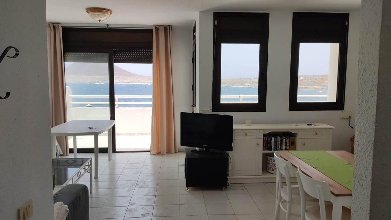 EM - seafront property El medano tenerife